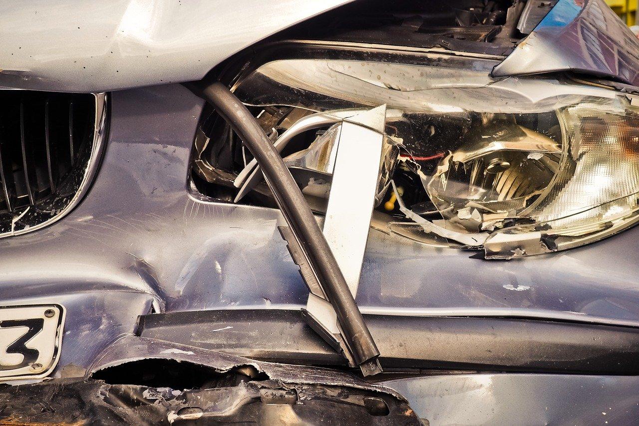 Kilómetro 93 Accidente en ruta 2: volcó un micro cerca del peaje de Samborombón y murieron dos mujeres