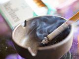 La FDA pospone el plan para reducir los niveles de nicotina en los cigarrillos habituales